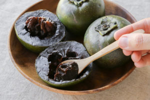 Jürg Widmer Probst - Black sapote - chocolate pudding fruit